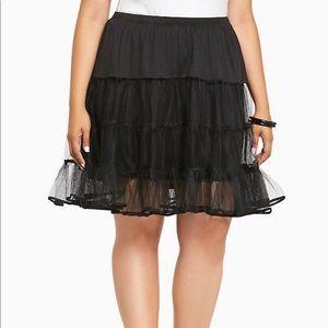 Torrid black plus size petticoat skirt size 3 / 4